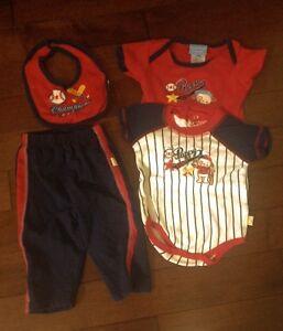 Baby 4 piece set - 6-9 Months