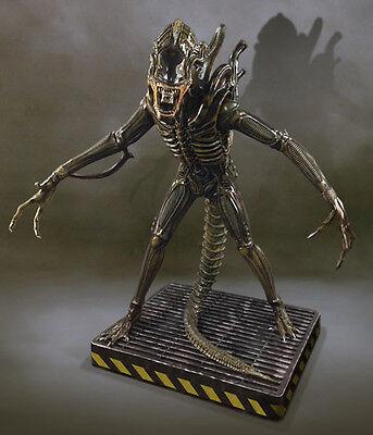 HCG Aliens Warrior Life-Size Statue Alien Warrior 203 cm