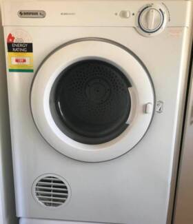Excellent condition Simpson 4Kg Dryer for sale. Delivery availabl