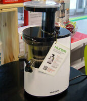 Hurom slow juicer for sale (brand new)