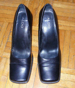 Women's Size 9 Aldo square toed leather 3 inch high heels. New.