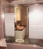 Portes de bain-douche