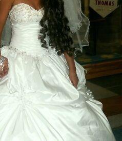 Ronald Joyce wedding dress size 8