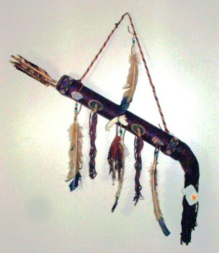 Round Leather Quiver w Quartz Crystal & 2 Arrows Authentic Native American 02