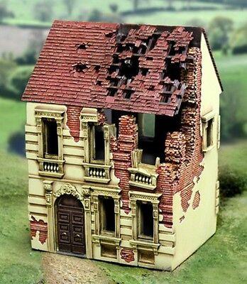 THE COLLECTORS SHOWCASE WW2 DIORAMA ACCESSORY CB003 BOMBED OUT BUILDING #1 MIB
