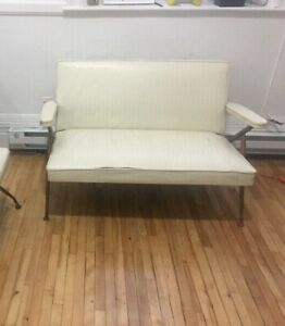 Retro 2 seater couch