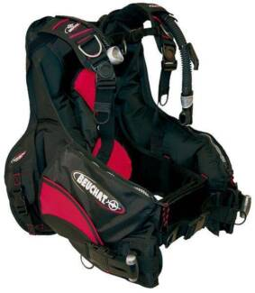 @@@@@@ brand new BEUCHAT SCUBA DIVING BCD  @@@@@