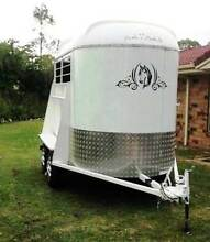 FLOAT HIRE* 2 BAY NATHAN HORSE FLOAT FROM $80- Loganholme Logan Area Preview