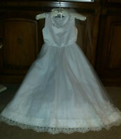 SIZE 8 - FLOWER GIRL DRESS AND HEADPIECE