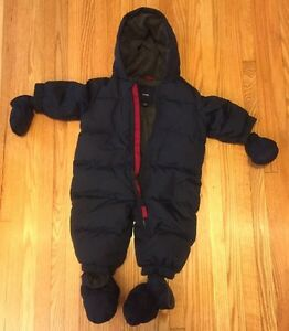 Baby Gap Snowsuit - sz 0-6mos