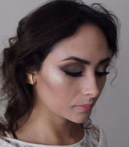Mesnage Artistry Makeup Airlie Beach Whitsundays Area Preview