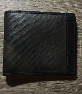 Burberry wallet  London Ontario image 1