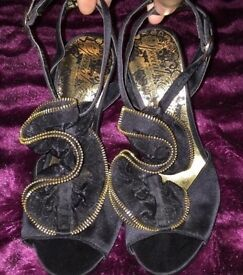 Limited Edition sandals / high heels size 3 New
