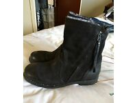 Black leather boots - new