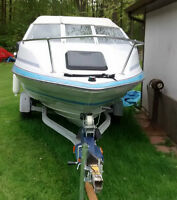 1989 BAYLINER CAPRI 17' Power Boat w/trailer, outboard, 2 tops+