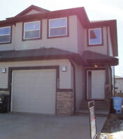 105 Shalestone Way - SUITE WITH SEPARATE ENTRANCE