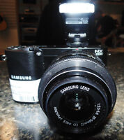 Samsung NX 1000 Smart DSLR camera