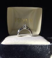Diamond ring with lifetime warranty