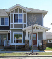 """""""2-Storey, 3 Bdrm & 3.5 Bath Townhome in Victory Park!"""""""