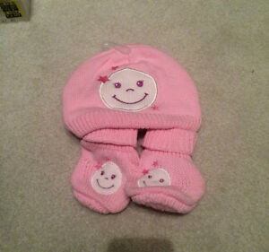 girl's pink booties and  hat sets - new with tags