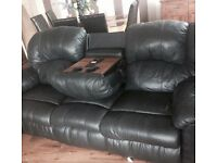 Large 3 and 2 seater lazyboys black sofas