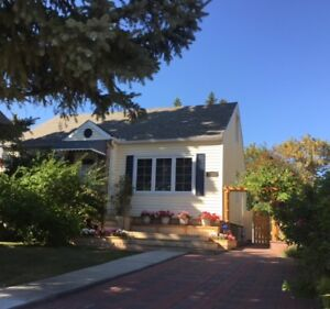 Beautiful single house by the U of A available now
