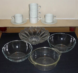 Glass Bowls, White Cups, w pattern,  Saucers Cambridge Kitchener Area image 2