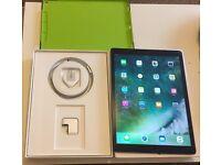 iPad Pro Big memory 128gig + wifi & cellular 4G + Unlocked + Case