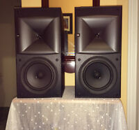 JBL Bookshelf Speakers HLS610
