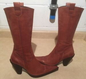 Women's Tall Leather Heels Size 6.5