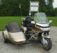 Gold Wing c/w DETACHABLE Sidecar