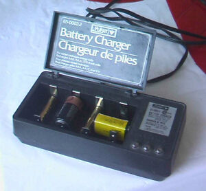Battery Charger for household  rechargebele batteries West Island Greater Montréal image 3