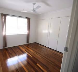 EOI BREAK LEASE. STUNNING RENOVATED 3 BED APARTMENT | ANNERLEY Annerley Brisbane South West Preview