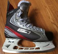 Bauer 8D Vapor X Men's Hockey Skate (Shoe Size 9 1/2)