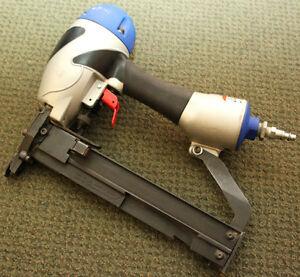 SPOTNAILS NAIL GUN/CASE