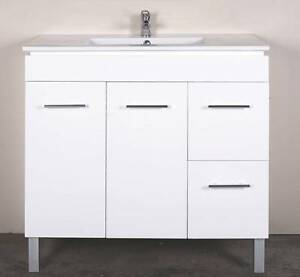 FACTORY CLEARANCE!! Budget 90cm(900mm) White Vanity Mulgrave Monash Area Preview