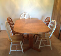 Wood dinging table and chairs