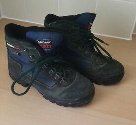 """LADIES """"KARRIMOR"""" WALKING BOOTS size 6"""