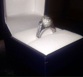 18 white carat gold diamond ring! 1 of a kind!