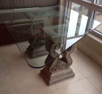 Stunning table base, includes glass.