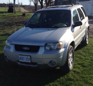 2006 Ford Escape (certified and e-tested)