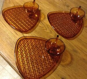 VINTAGE INDIANA GLASS DAISY & BUTTON AMBER SNACK FOR 3 Gatineau Ottawa / Gatineau Area image 3