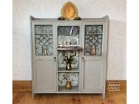 Display cabinet/bureau/hall console/storage cabinet/glazed cabinet