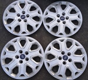 Ford 15'' 5 holes Rims Covers