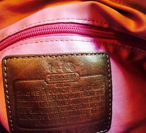 Brown Coach Purse in Great Condition  Cambridge Kitchener Area image 3