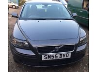 Volvo S40 1.6 diesel (R Design) with parking sensors in good condition