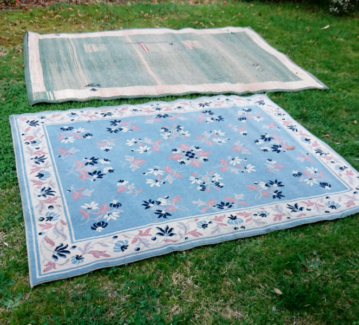 2 large rugs! Good condition!