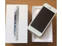 Apple iPhone 5 16GB Silver Unlocked