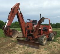 1983 Ditch Witch 6510 Trencher with A620 Backhoe, float trailer