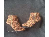 Size 4 boots and a pair of flats most new